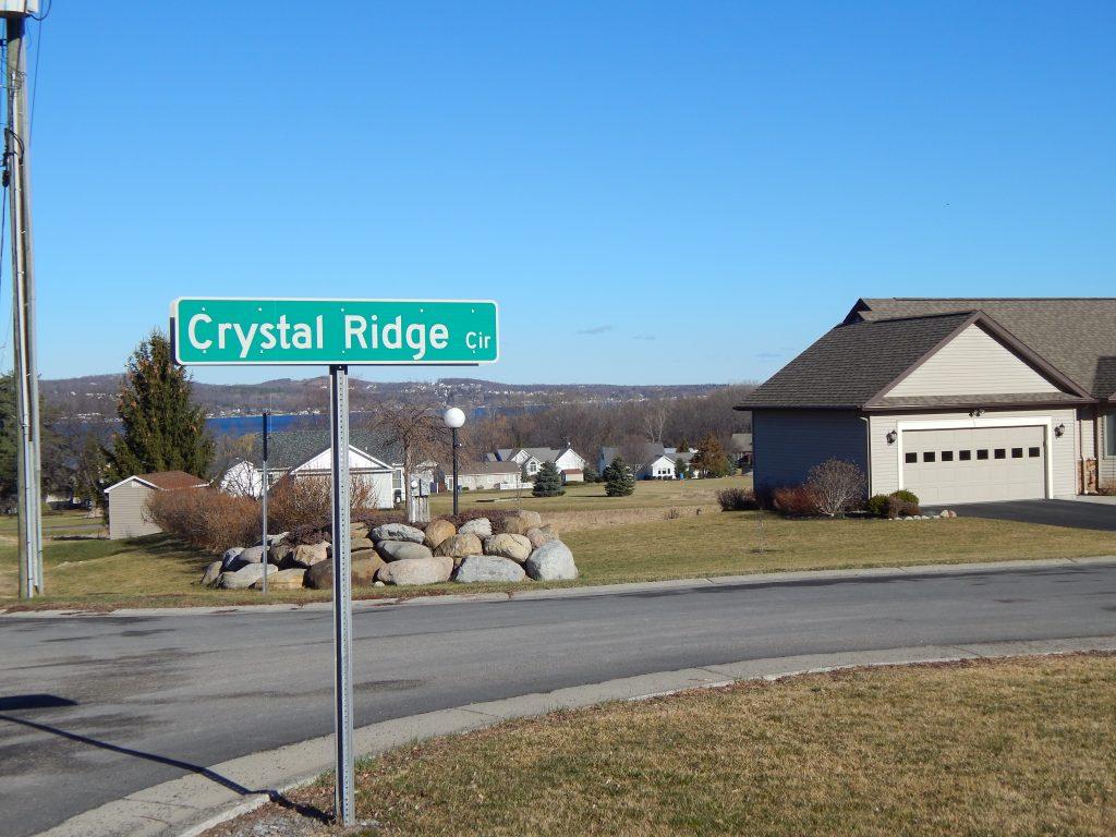 The Entrance to Crystal Ridge Circle